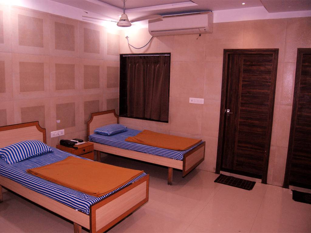 Six Bed AC Deluxe Room